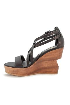 Fortress of Inca Julia Isa Wedge - Product List Image