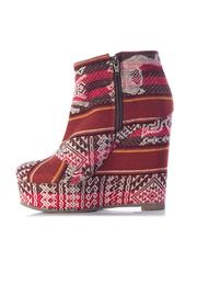 Fortress of Inca Platform Wedge - Front full body
