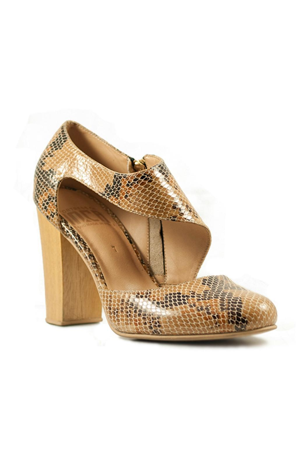 Fortress of Inca Handmade Leather Heel - Front Full Image