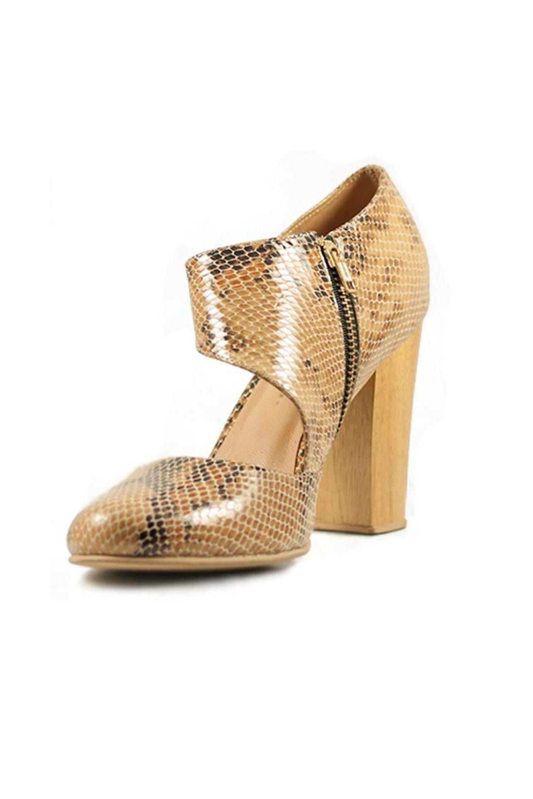 Fortress of Inca Handmade Leather Heel - Side Cropped Image