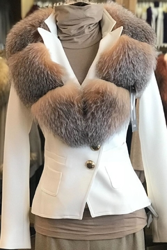 M. Miller Furs Fox Collar - Alternate List Image