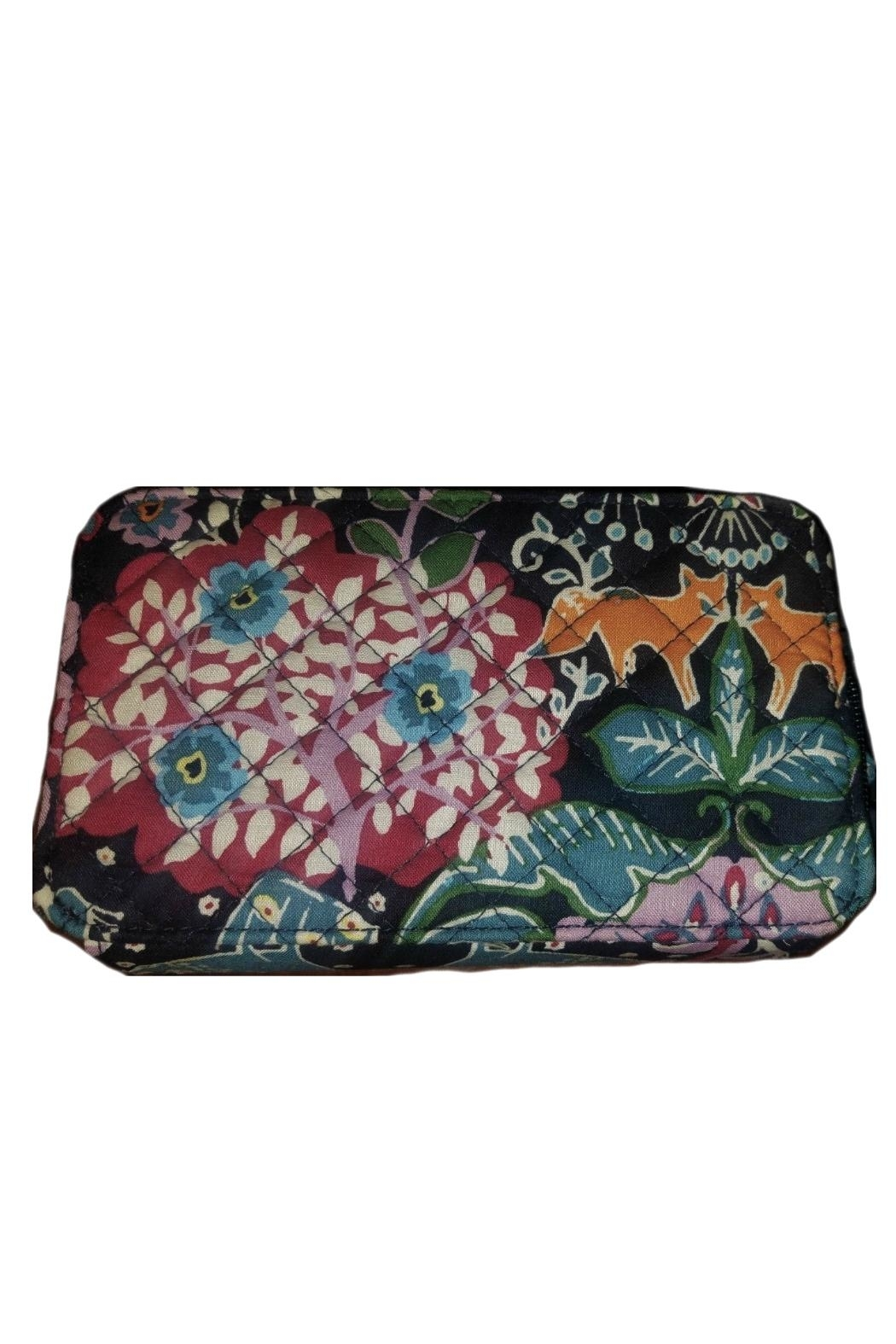 Vera Bradley Fox Forest All-In-One - Back Cropped Image