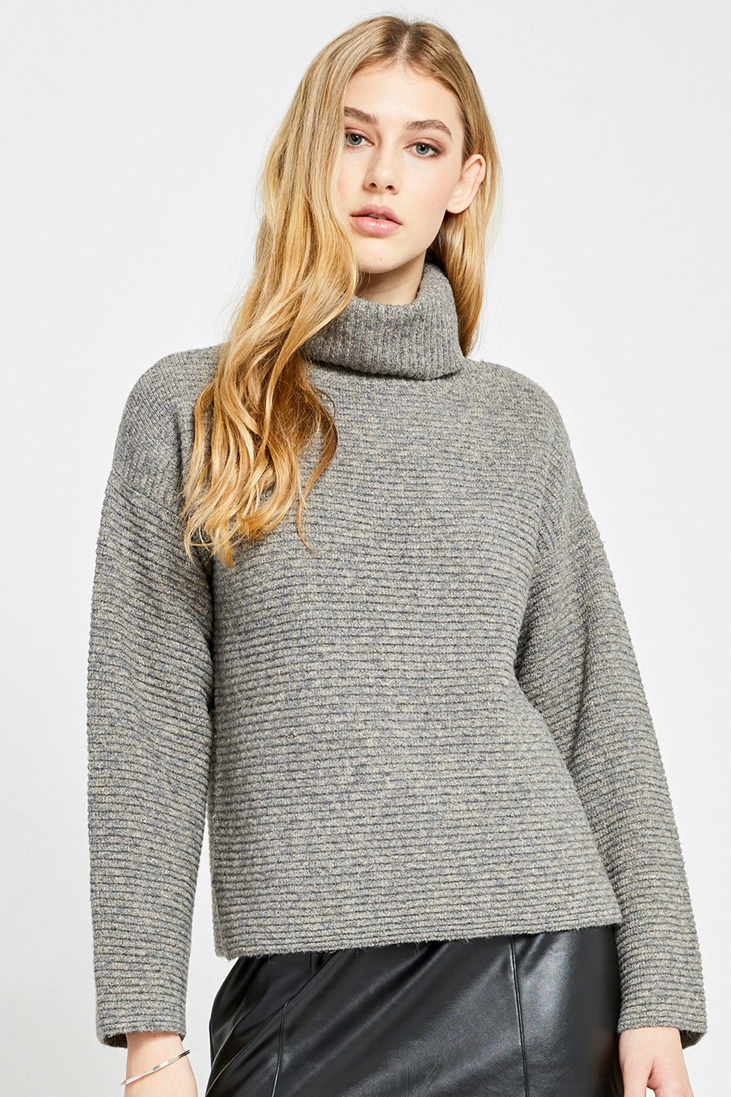 Gentle Fawn Francis Turtleneck Sweater - Side Cropped Image