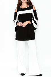 Frank Lyman Butterfly Sleeve Tunic - Side cropped