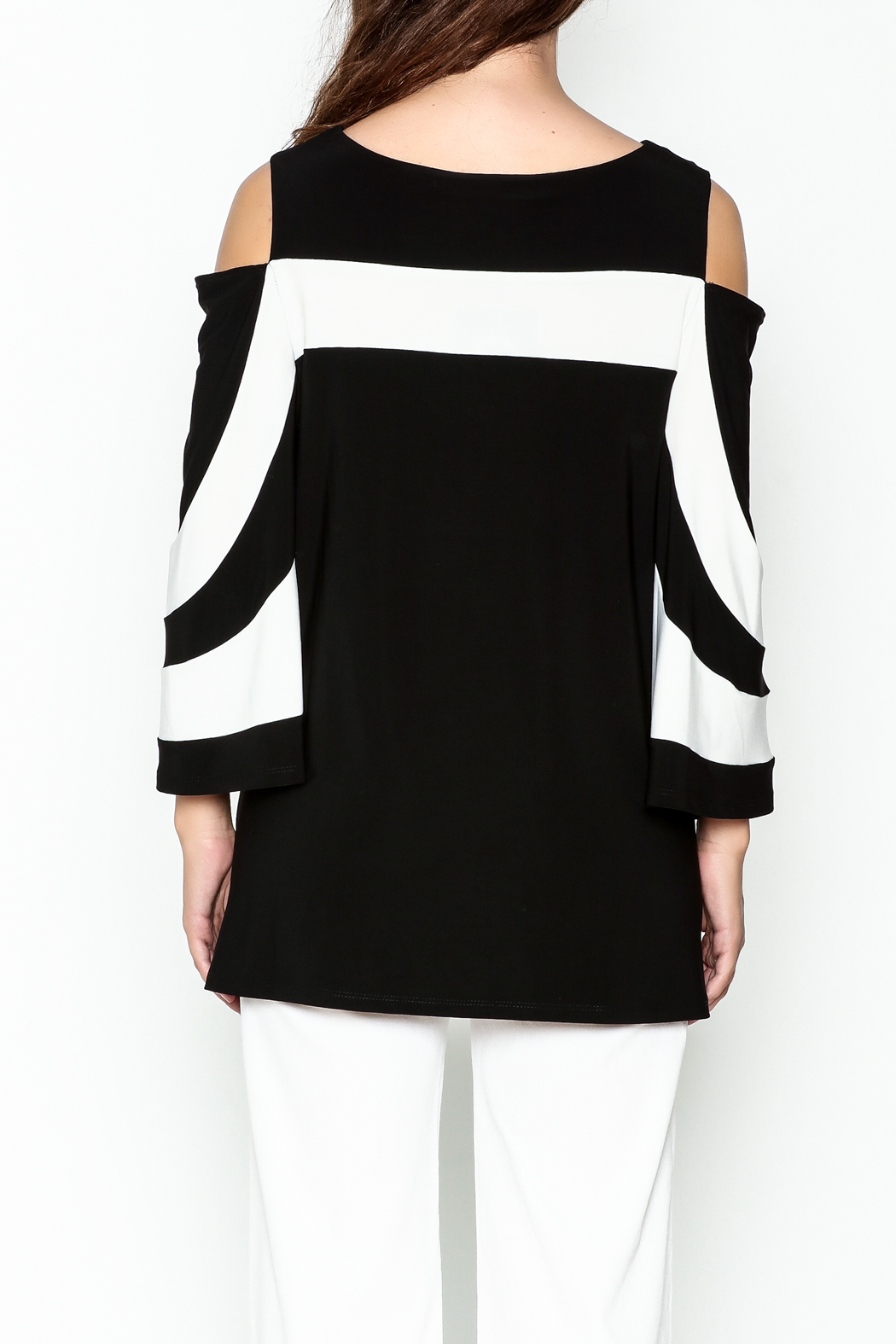 Frank Lyman Butterfly Sleeve Tunic - Back Cropped Image