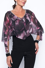 Frank Lyman Overlay Top With Cutout Sleeves 199428 - Product Mini Image