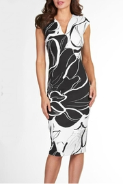 Frank Lyman Black/off-White Dress - Product Mini Image