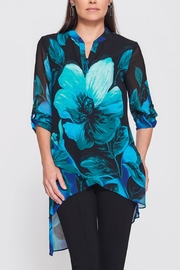 Frank Lyman Floral Print - Front cropped