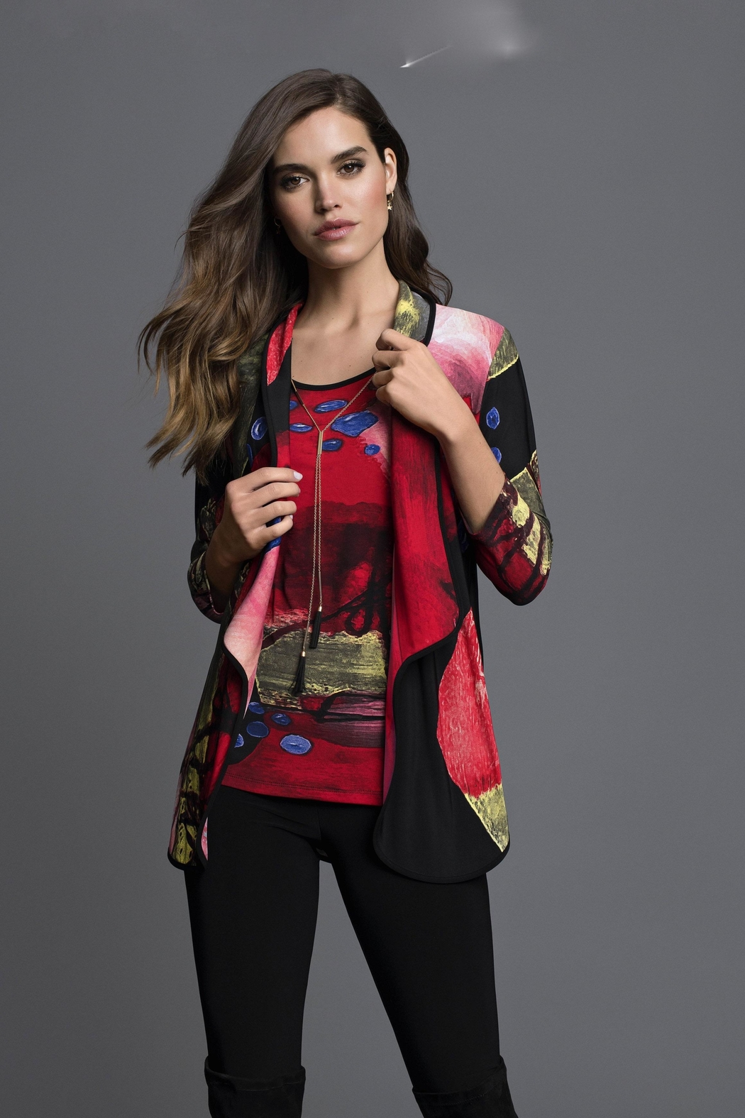 Frank Lyman Abstract Print Jacket - Front Cropped Image