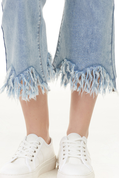 Charlie B. Frayed Stretch Denim - Alternate List Image