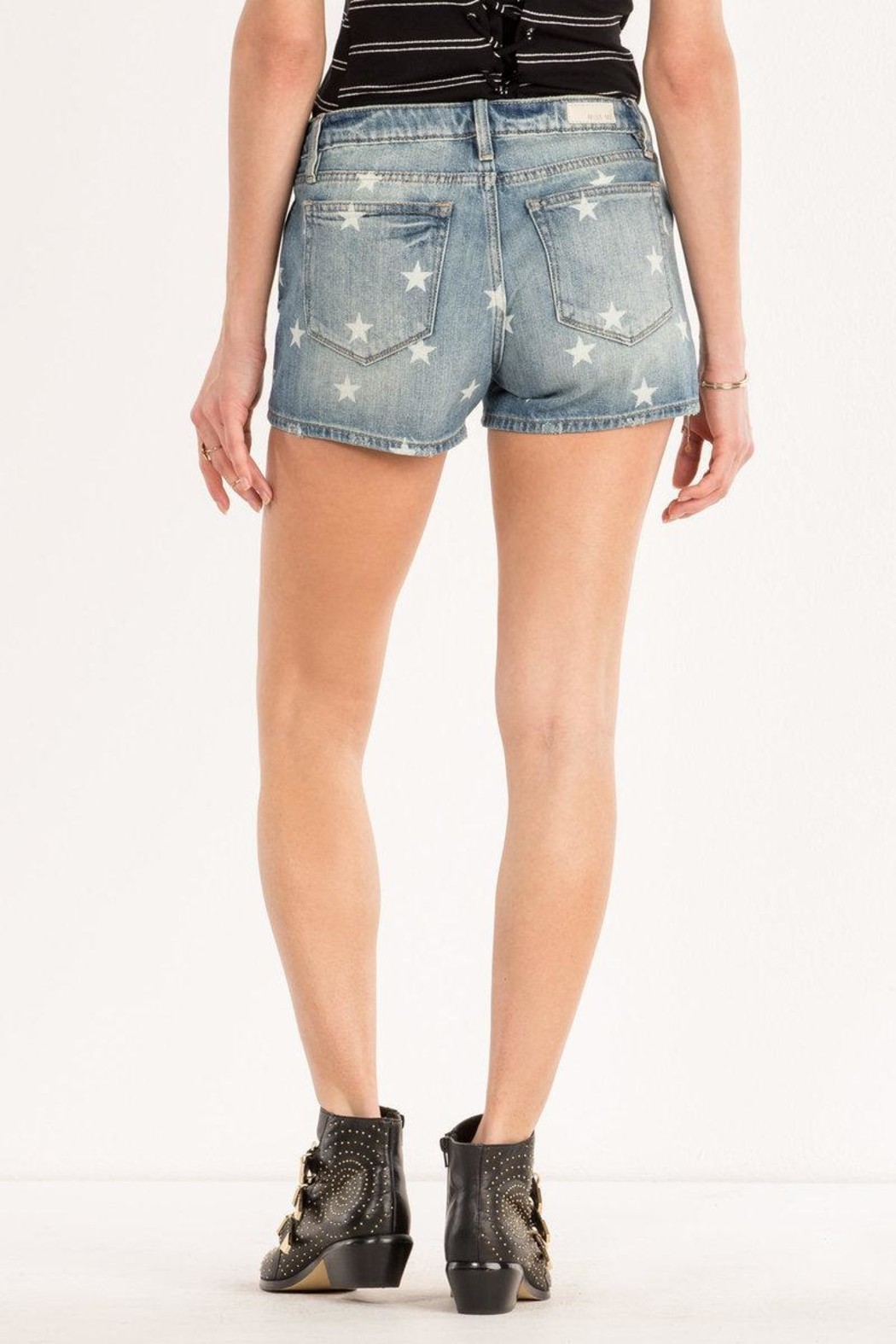 Miss Me Freedom Stars Midrise-Shorts - Side Cropped Image