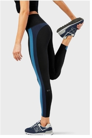 Splits59 Freestyle H/w Tight - Front cropped