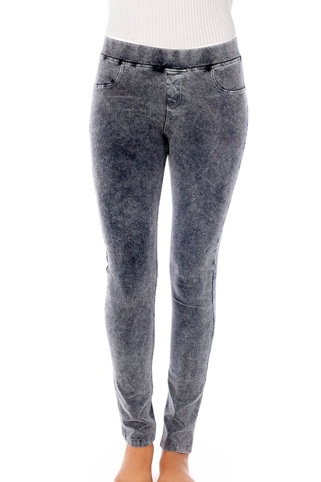 french kiss Capri Jeggings - Front Cropped Image