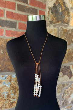 In2Design Fresh Water Pearls Leather Lariat - Alternate List Image