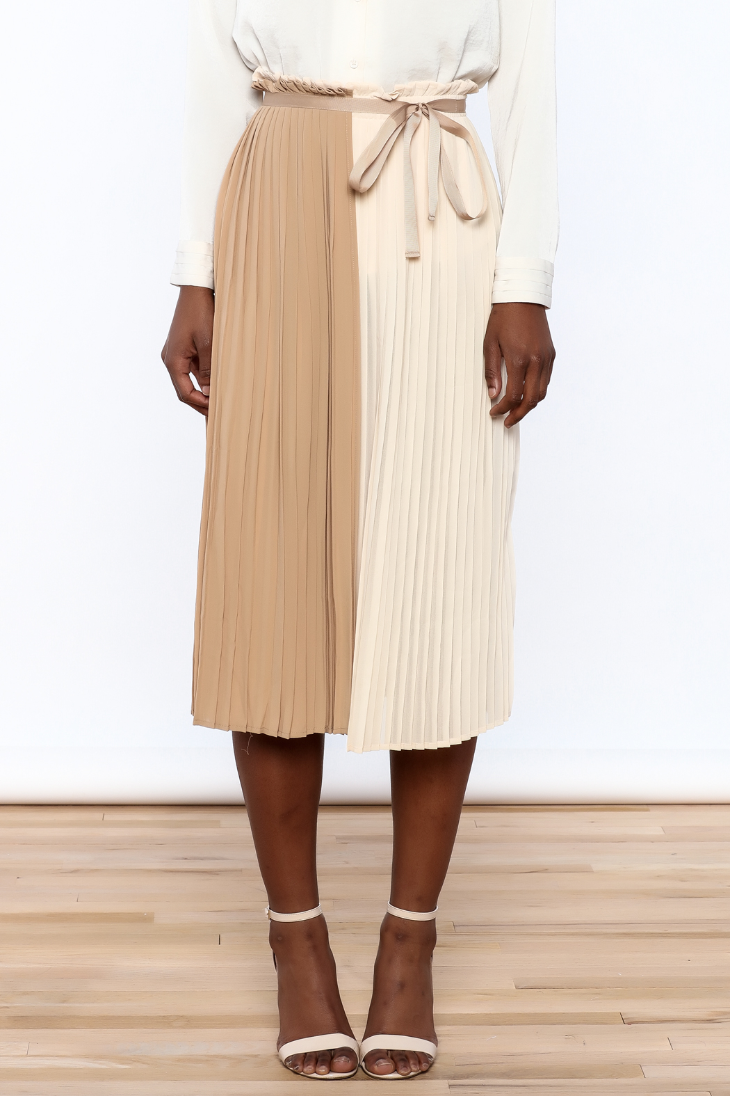 FRNCH Neutral Wrap Skirt - Side Cropped Image