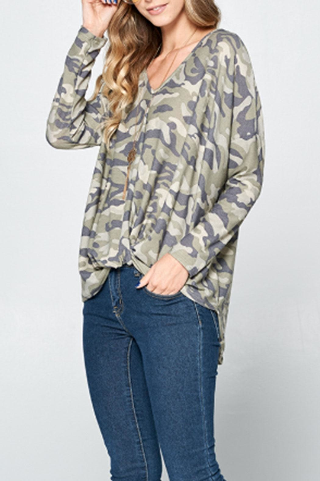 hummingbird Front-Knot Camo Shirt - Side Cropped Image