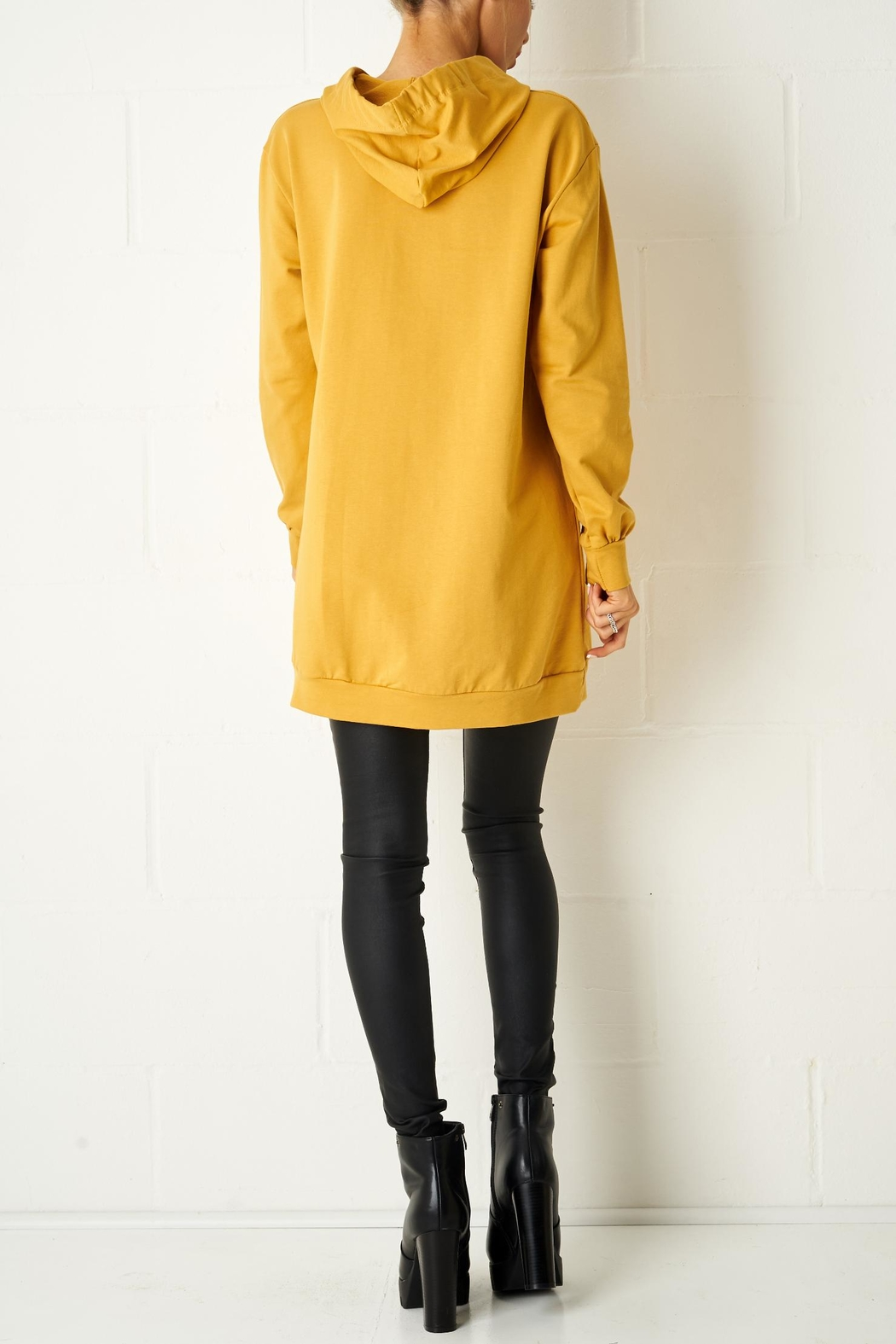 frontrow Mustard Oversized Top - Side Cropped Image