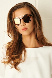 frontrow Round Frame Sunglasses - Product Mini Image