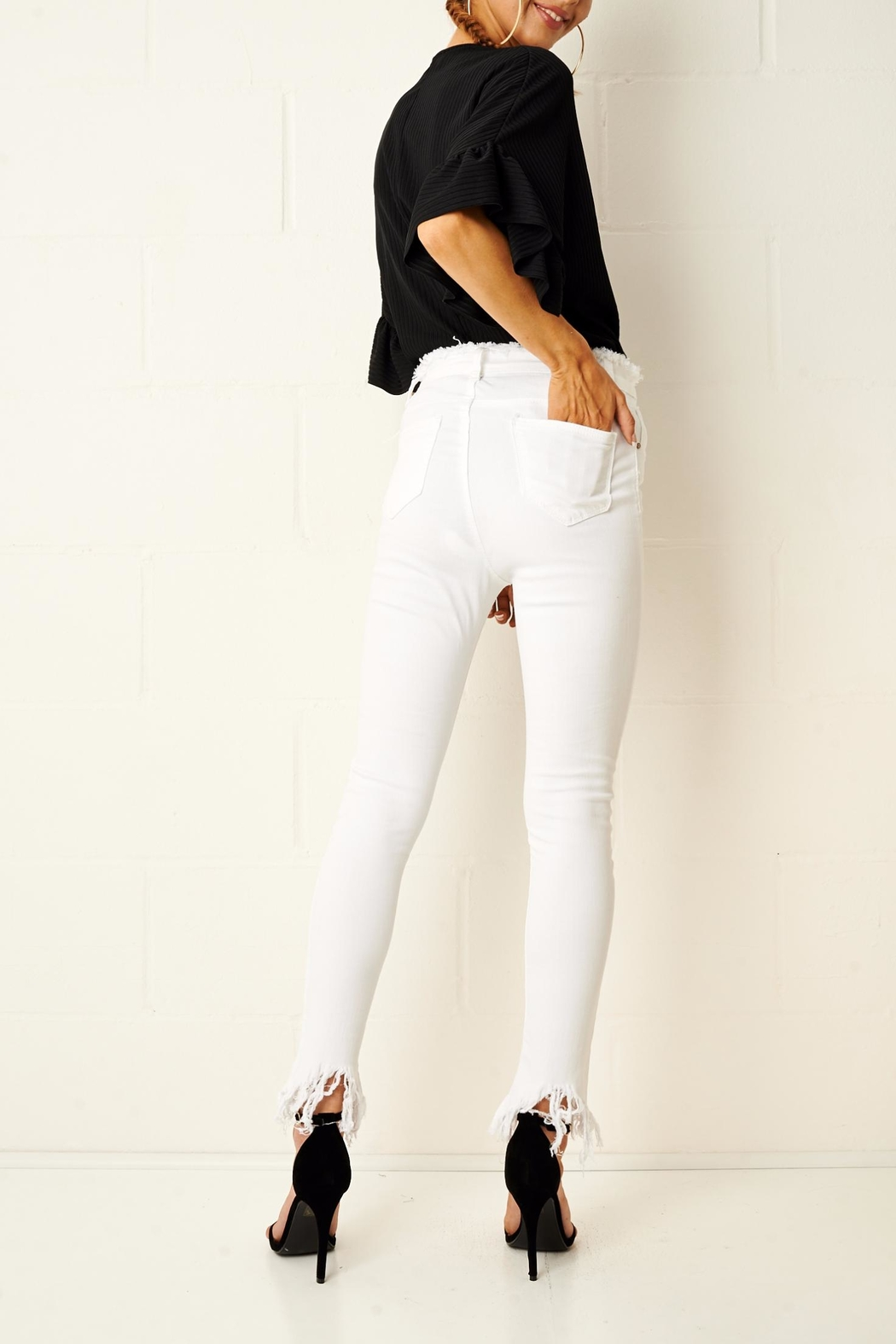 frontrow Anizia White Frayed Jeans - Side Cropped Image