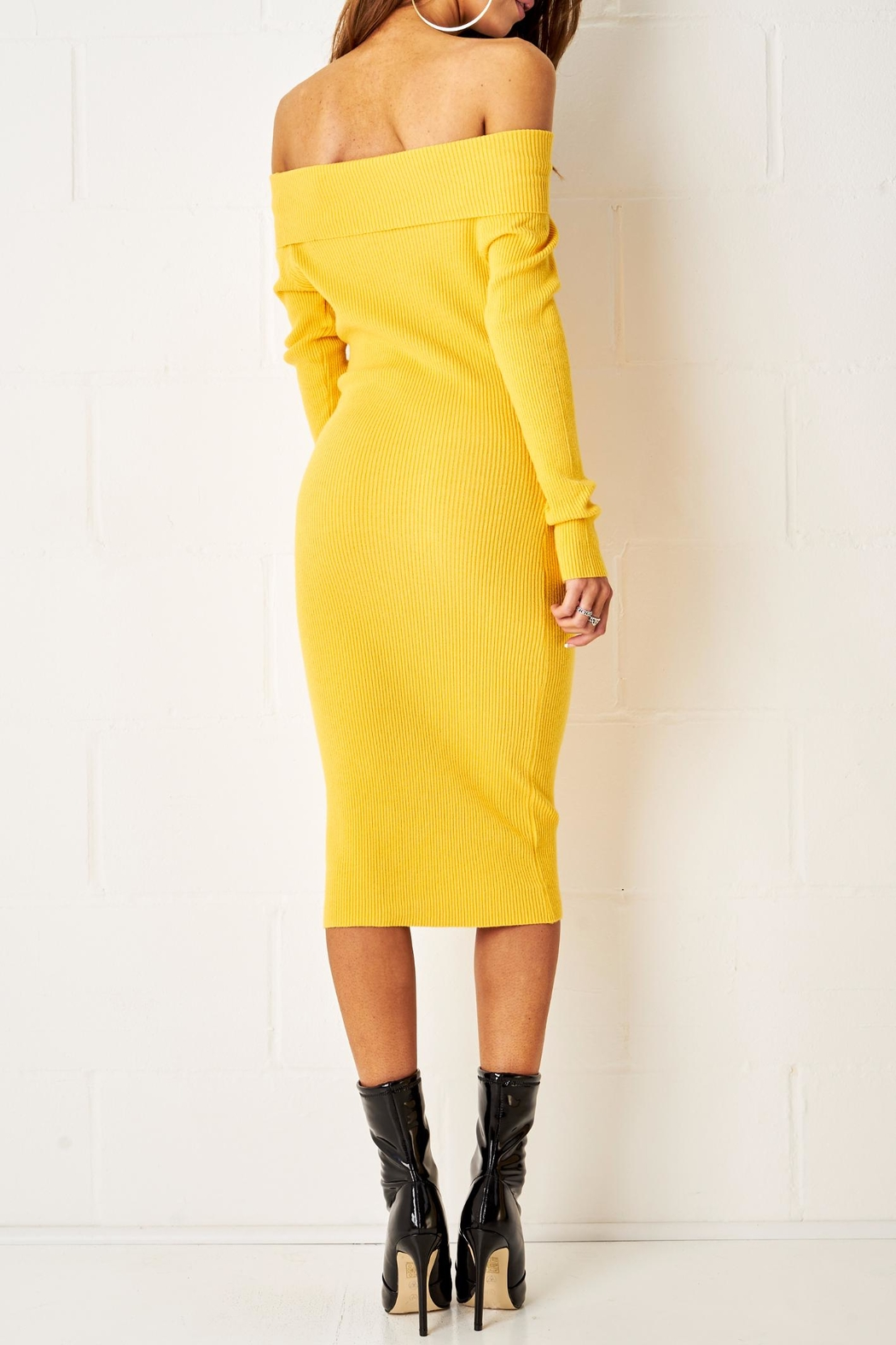 frontrow Yellow Midi Dress - Side Cropped Image