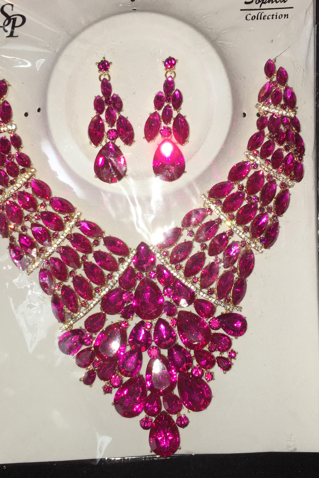 Fashion Fuchsia  Rhinestone  Diva necklace Set - Front Full Image