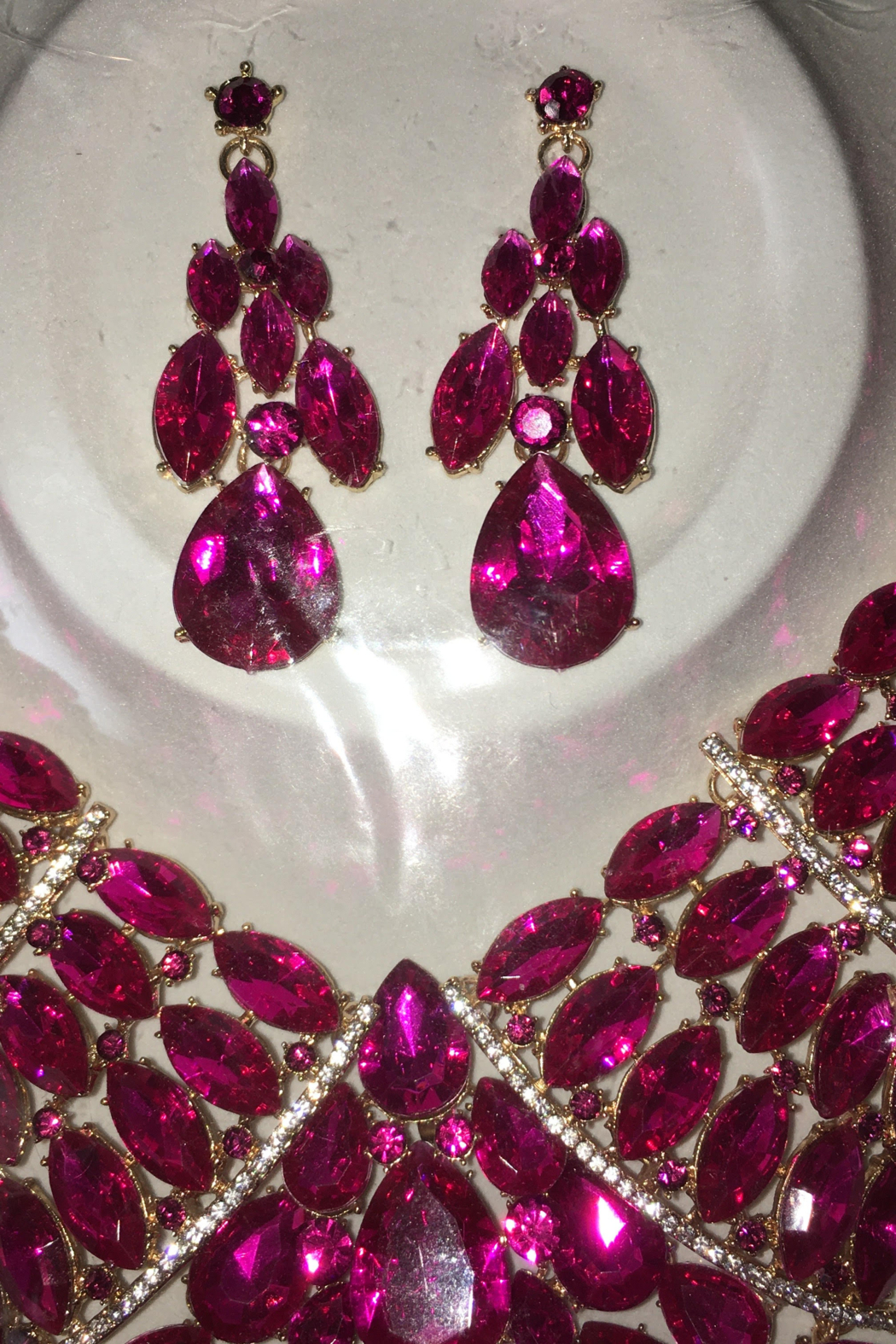 Fashion Fuchsia  Rhinestone  Diva necklace Set - Front Cropped Image