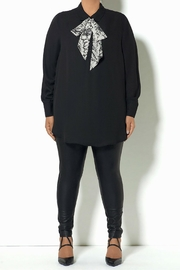Full Figured Fashionista Removable Tie Top - Front cropped