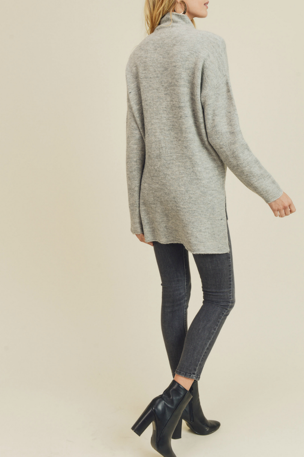 Doe & Rae FUNNEL NECK & DROPPED SLEEVES KNIT - Front Full Image