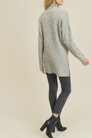 Doe & Rae FUNNEL NECK & DROPPED SLEEVES KNIT - Front full body