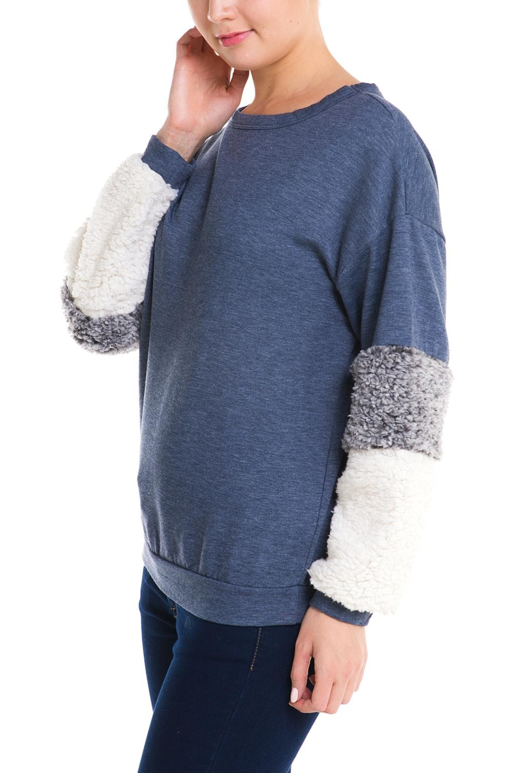 Signature 8 Fur Sleeve Sweater - Side Cropped Image
