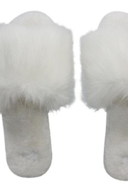 MALVADOS Fuzzy Slippers - Front cropped