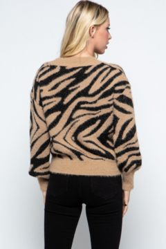 Paper Moon Fuzzy Tiger Sweater - Alternate List Image