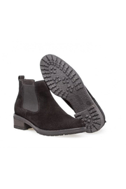 Gabor Women's Chelsea Boot - Back cropped