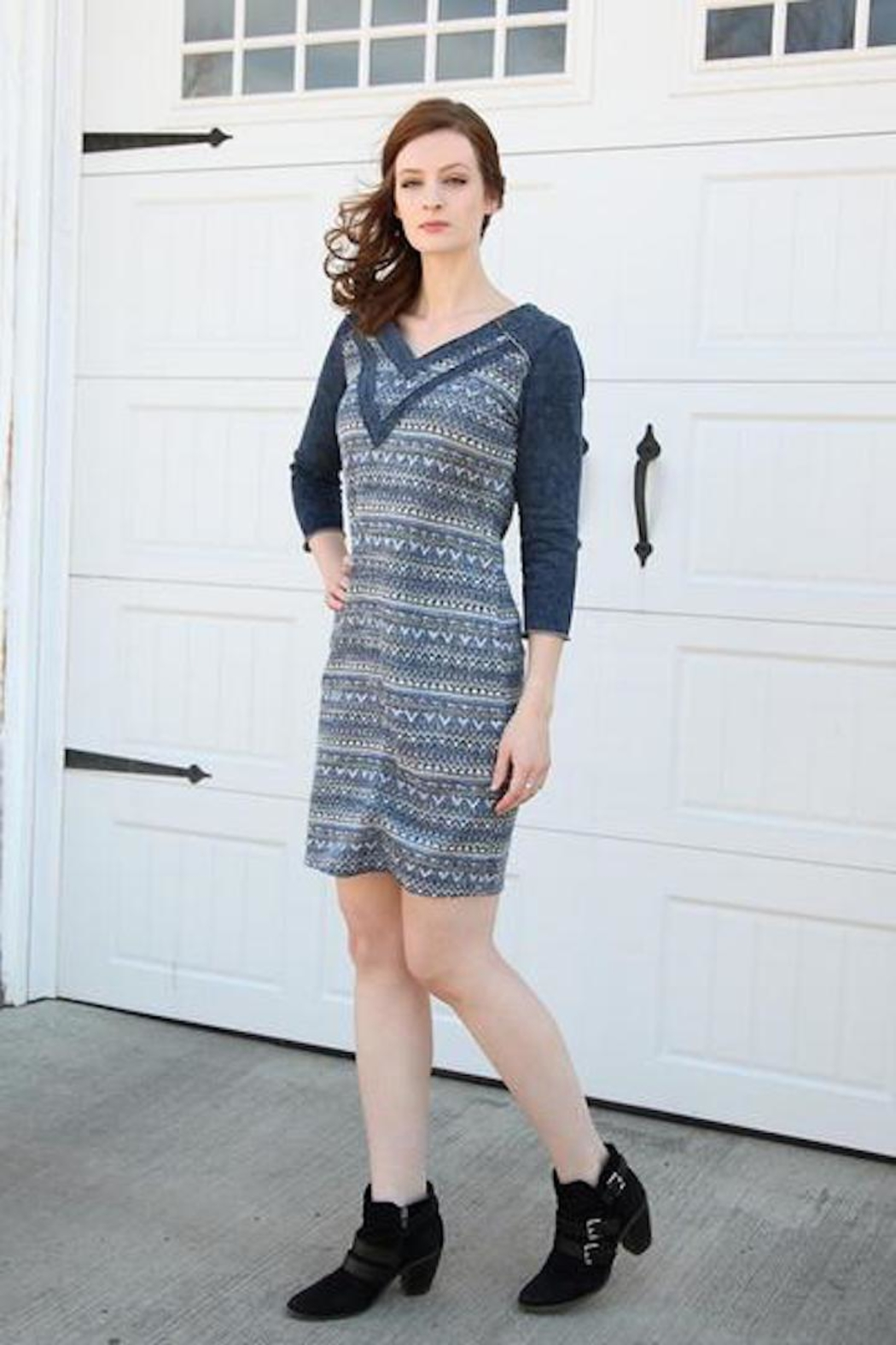 Yest Galley Dress - Side Cropped Image