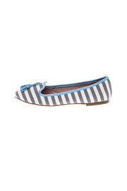 gc shoes Dorothy Striped Flat - Front cropped