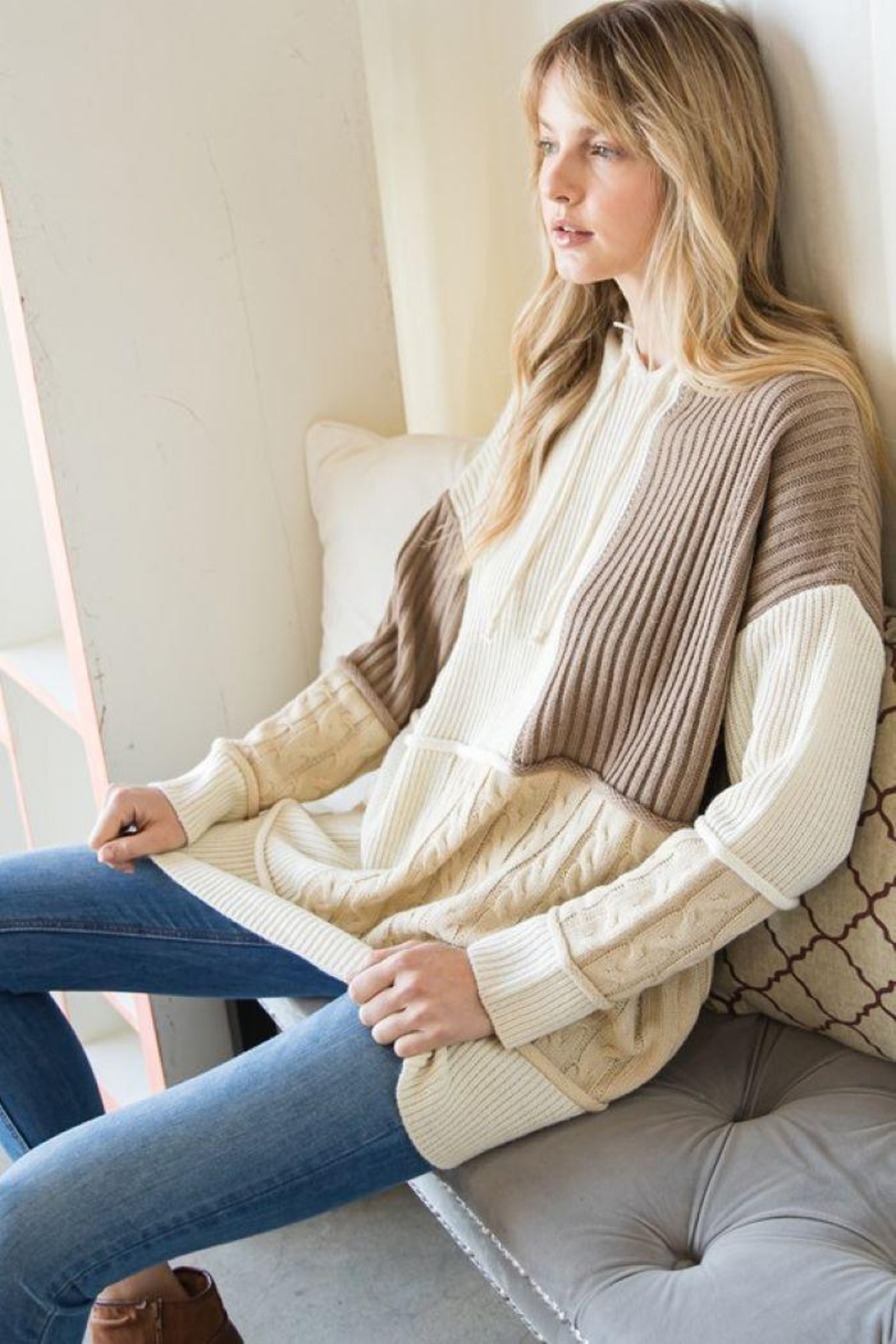 GeeGee Pullover Color Block Sweater - Back Cropped Image