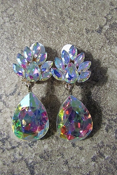 Sophia Gem Cluster Teardrop Clip Earring - Alternate List Image