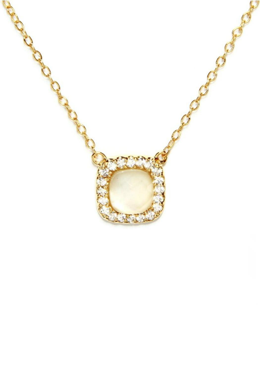 Gemma Collection Elegant Pearl Necklace - Main Image