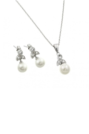 Gemma Collection Leaf Pearl Set - Product Mini Image