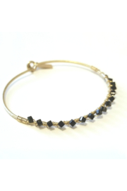 Canvas jewelry Genevieve Cube Latch Bangle Jet Glass - Front cropped