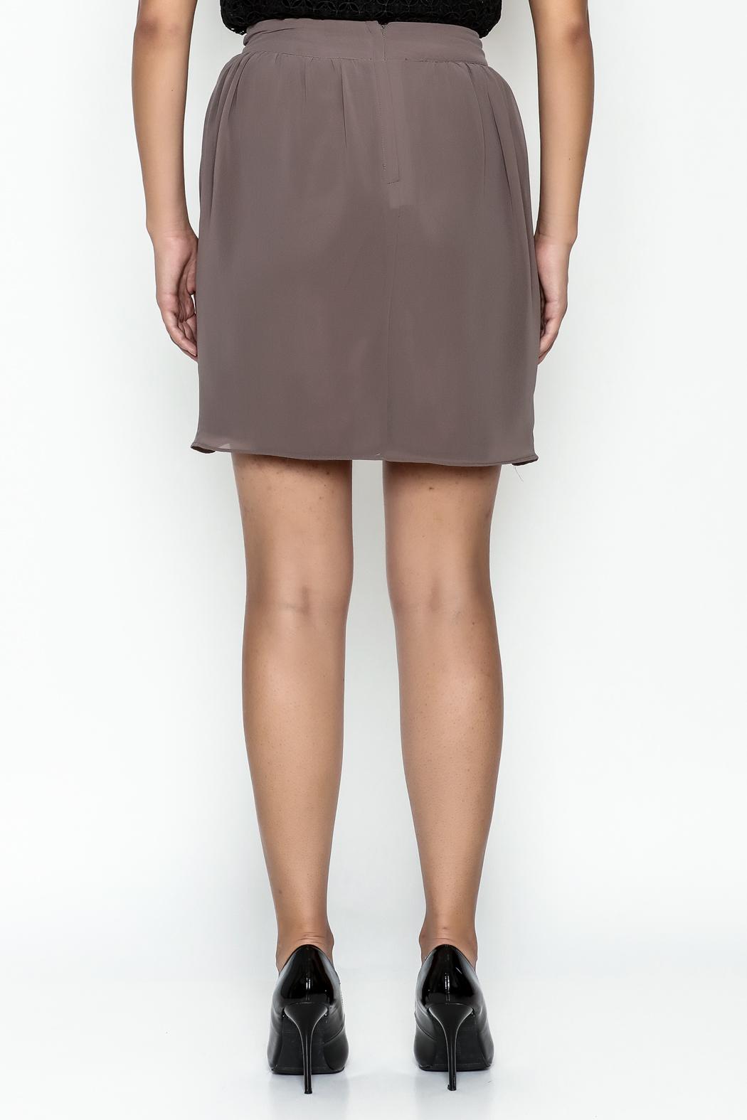 Gentle Fawn Tulip Front Skirt - Back Cropped Image