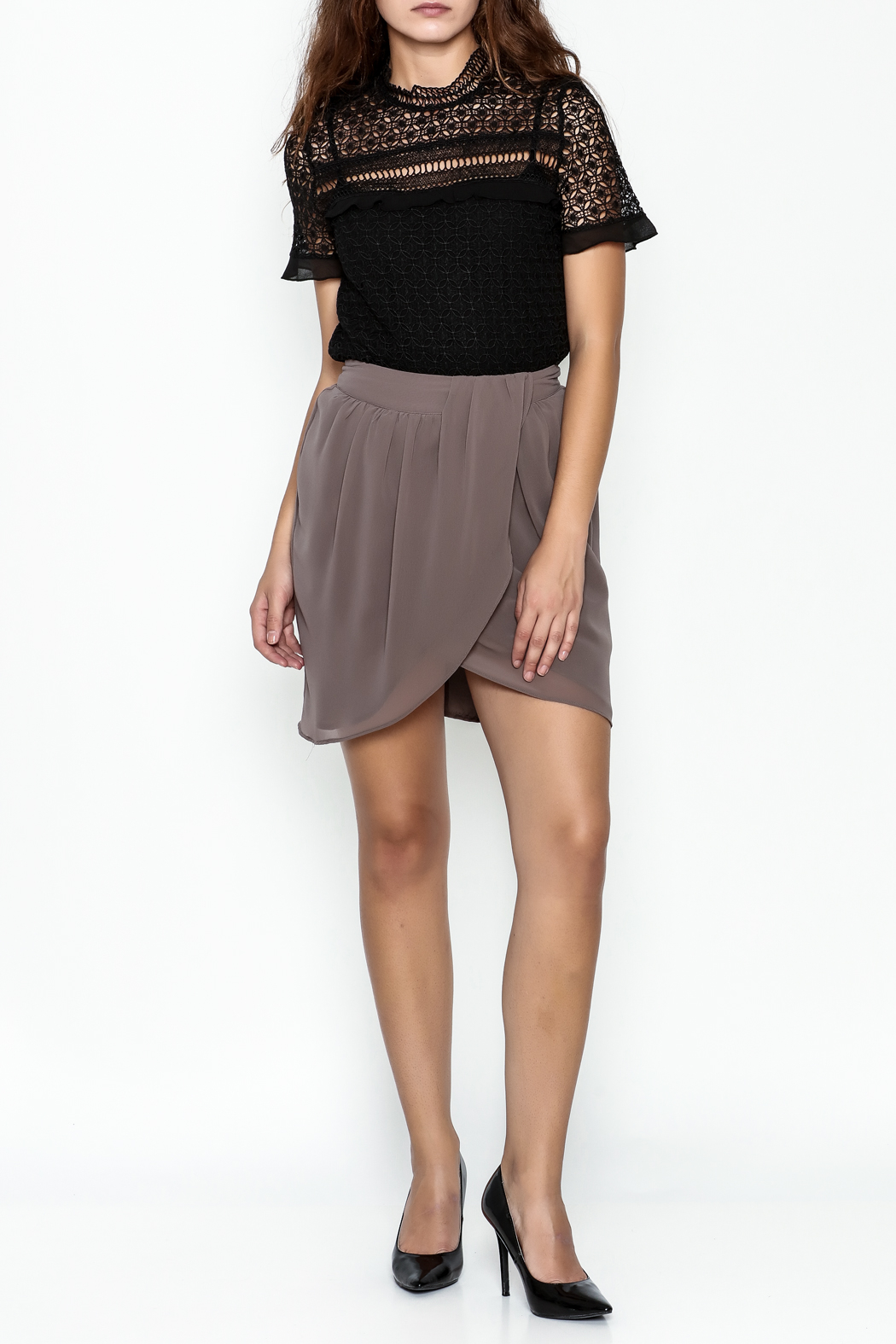 Gentle Fawn Tulip Front Skirt - Side Cropped Image