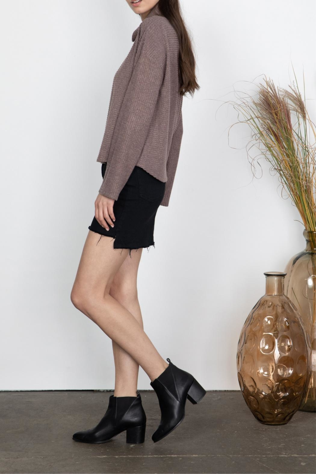 Gentle Fawn High Neck Top - Side Cropped Image