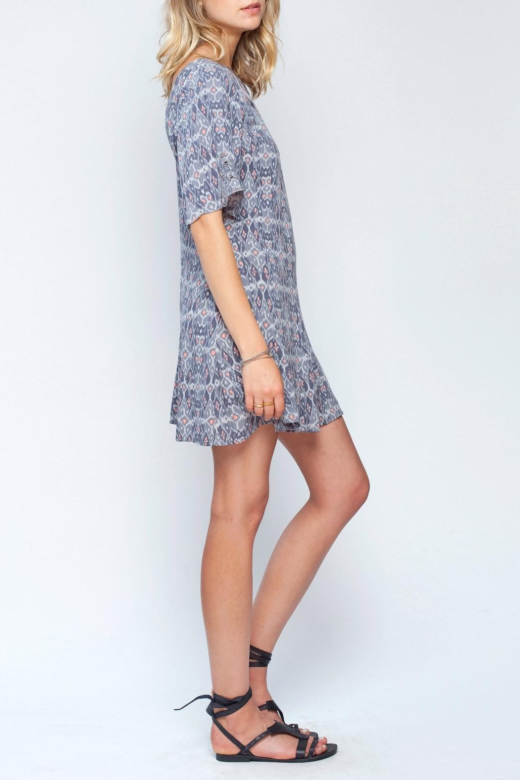 Gentle Fawn Ikat Print Dress - Side Cropped Image