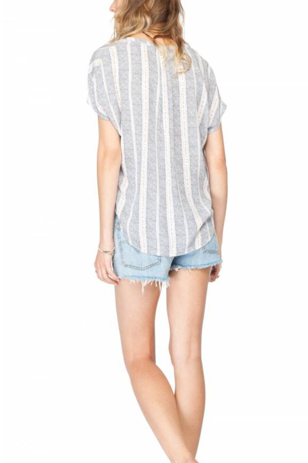Gentle Fawn Sleeveless Lightweight Woven Top - Side Cropped Image
