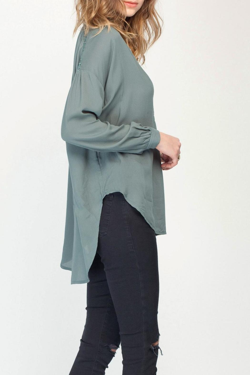 Gentle Fawn Solid Balsam Blouse - Side Cropped Image