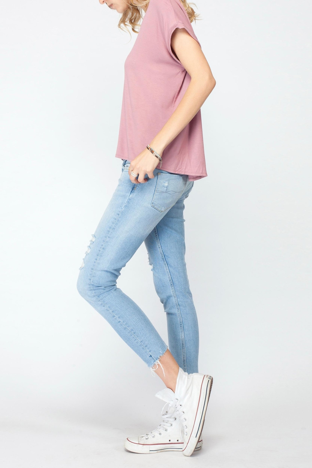 Gentle Fawn Soft Pink Basic Tee - Side Cropped Image