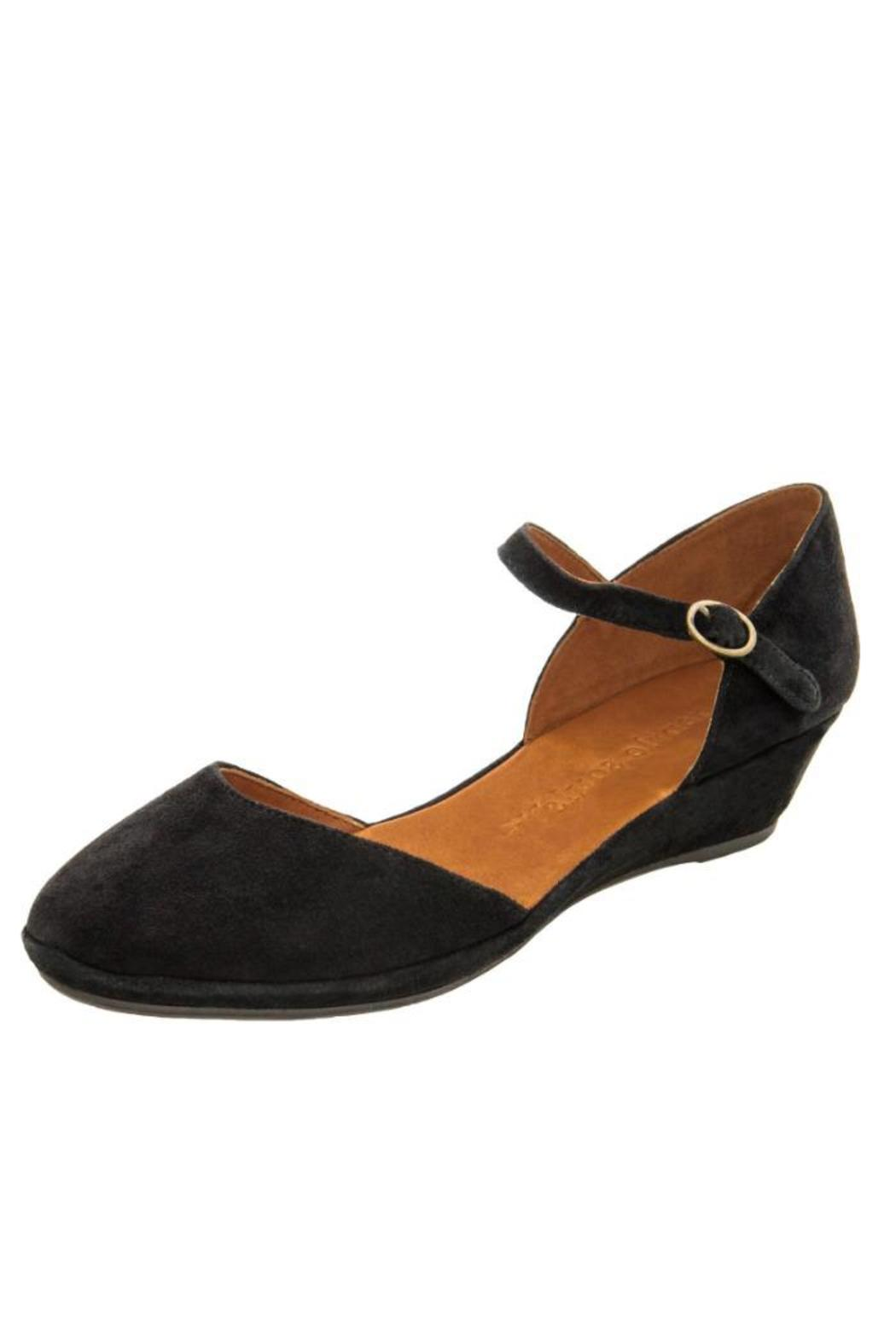088fb041258 Gentle Souls by Kenneth Cole Noa Star Flat from New Jersey by ROXY ...