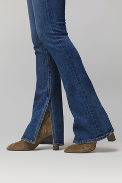 Citizens of Humanity Georgia Flare Jeans in Heist - Alternate List Image