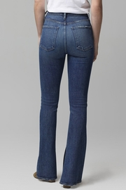 Citizens of Humanity Georgia Flare Jeans in Heist - Side cropped